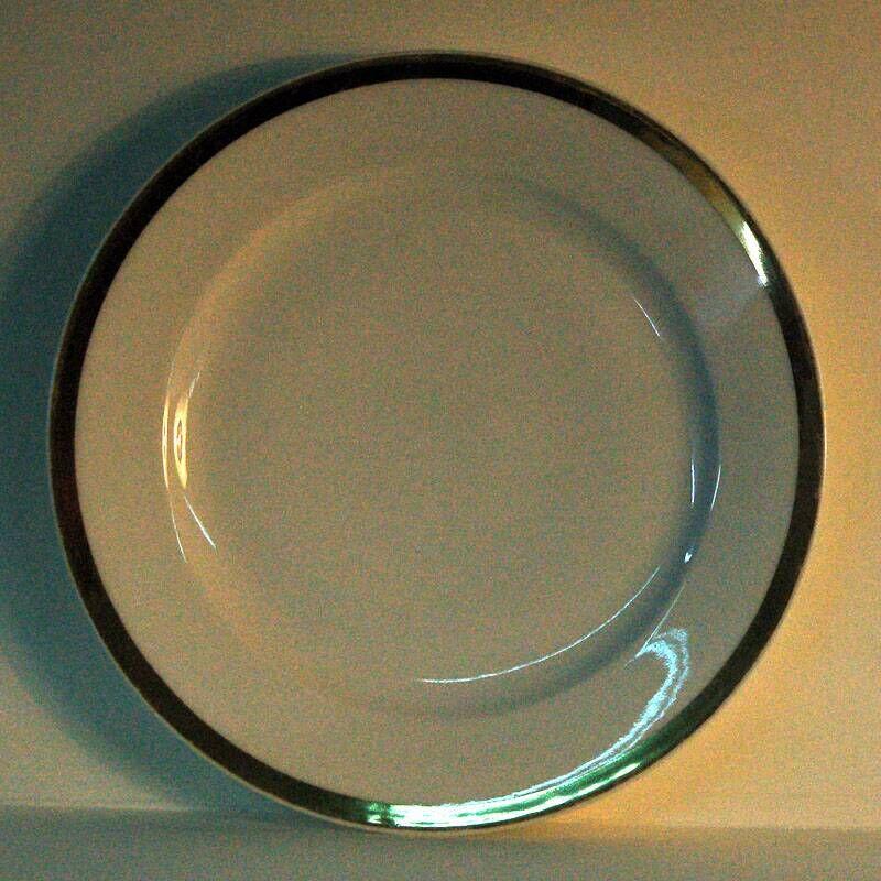 eetservies, wit met gouden rand: plat bord